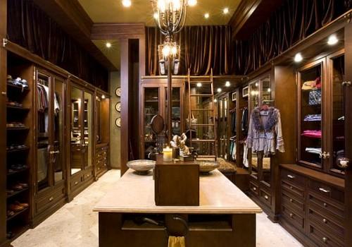 Maxwell closet classics